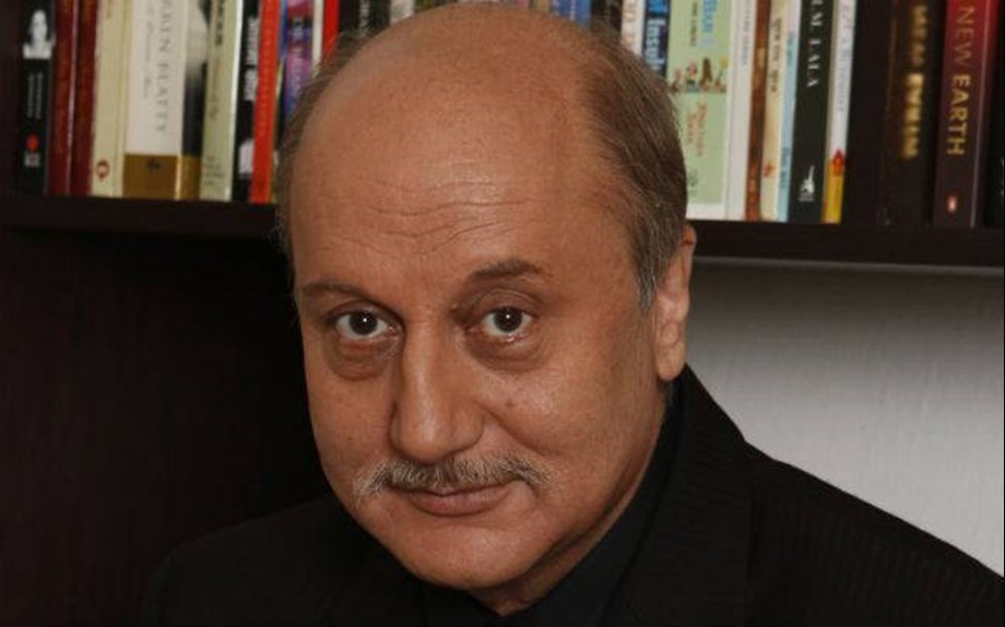 Anupam Kher resigns as FTII chief, cites international assignments