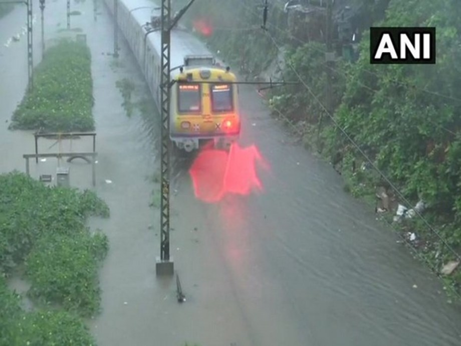 Dhanbad-Alleppey Express cancelled due to rain in Kerala