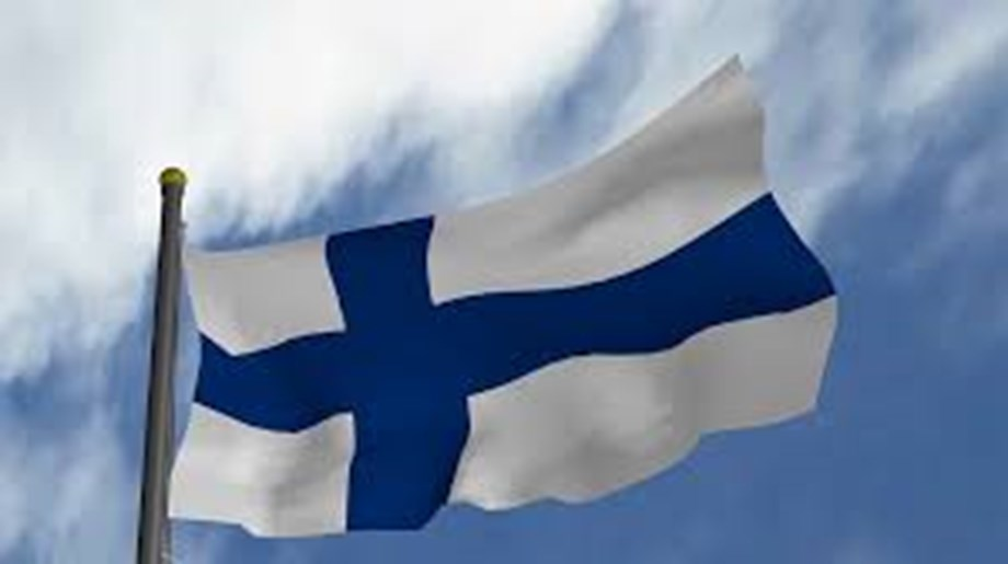 UPDATE 1-Finland's centre-left coalition concludes talks to form new government