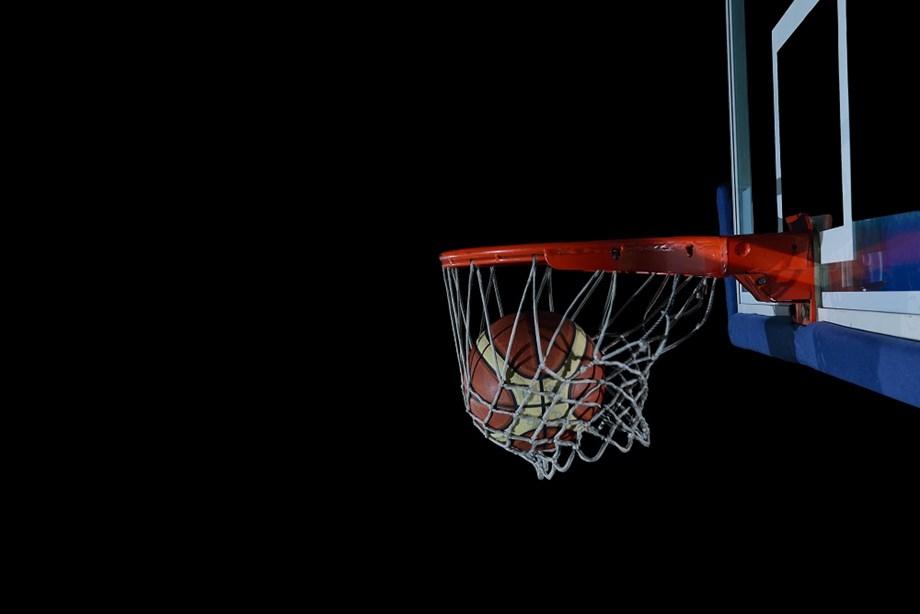 Basketball-Australia and France advance to last eight as U.S. beat Greece