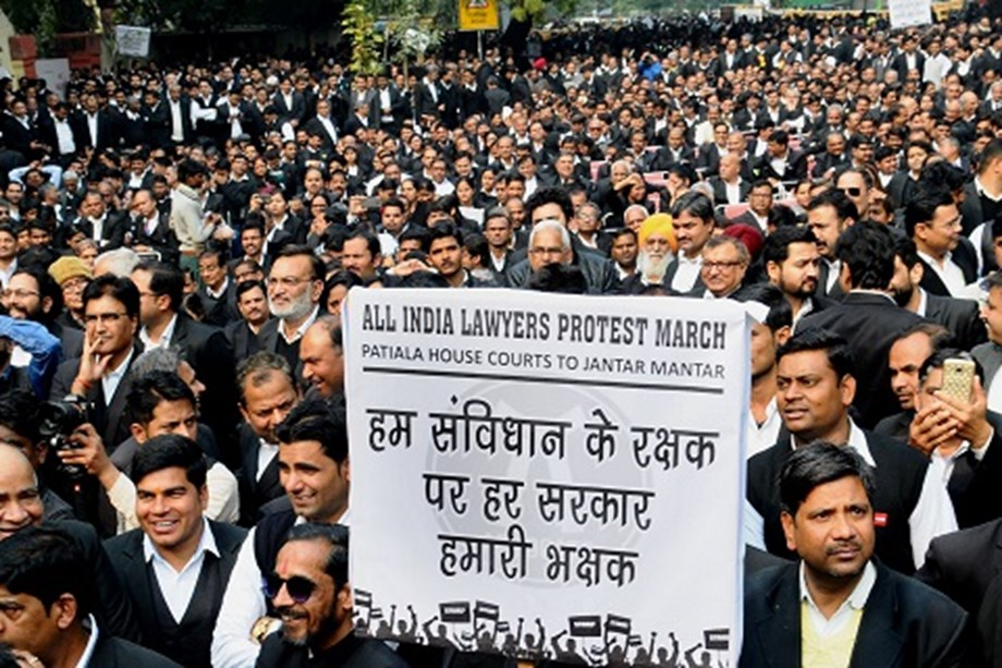 Lawyers' strike enters 5th day, litigants given complete access to courts
