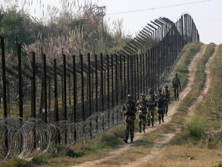 3 Pakistani soldiers killed after violating ceasefire in Uri and Rajouri