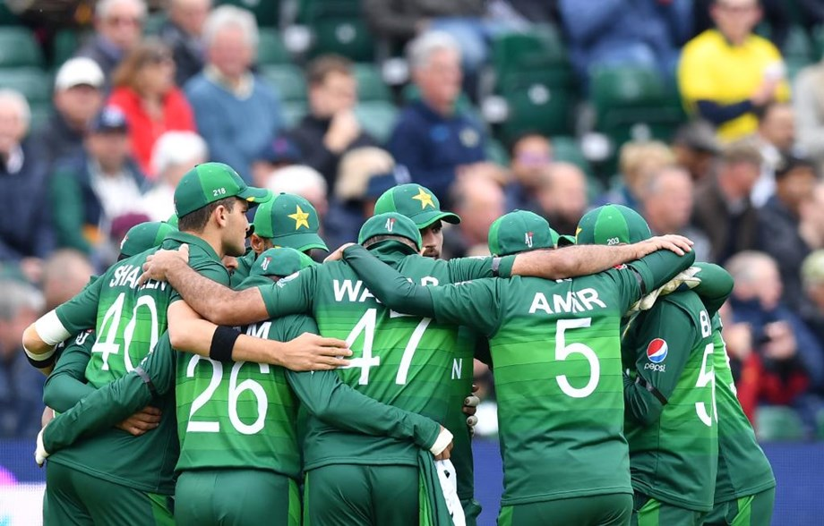 CWC '19: Pak fan's reaction to team's fielding has triggered a flurry of memes