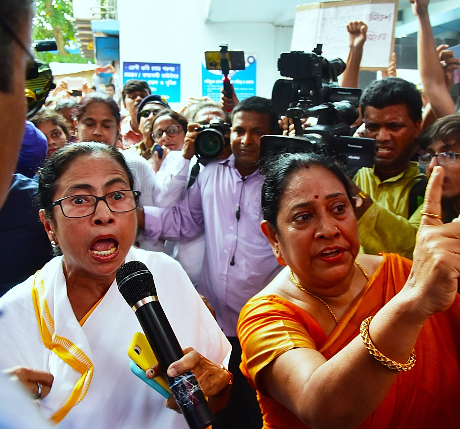 Doctors seek Mamata's apology, set conditions to withdraw stir