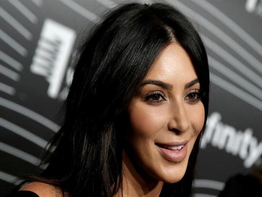 Kim Kardashian shrugs off critics, reveals law school progress