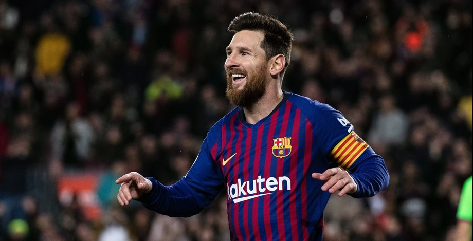 Messi's brace cruise Barcelona to quarter-finals of Champions League
