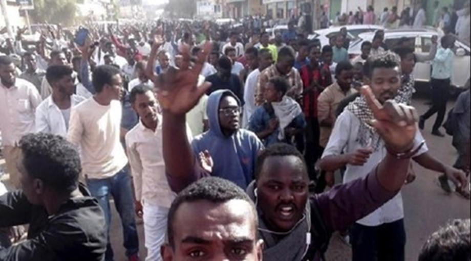 7 people killed in clashes with police, say Sudanese activists