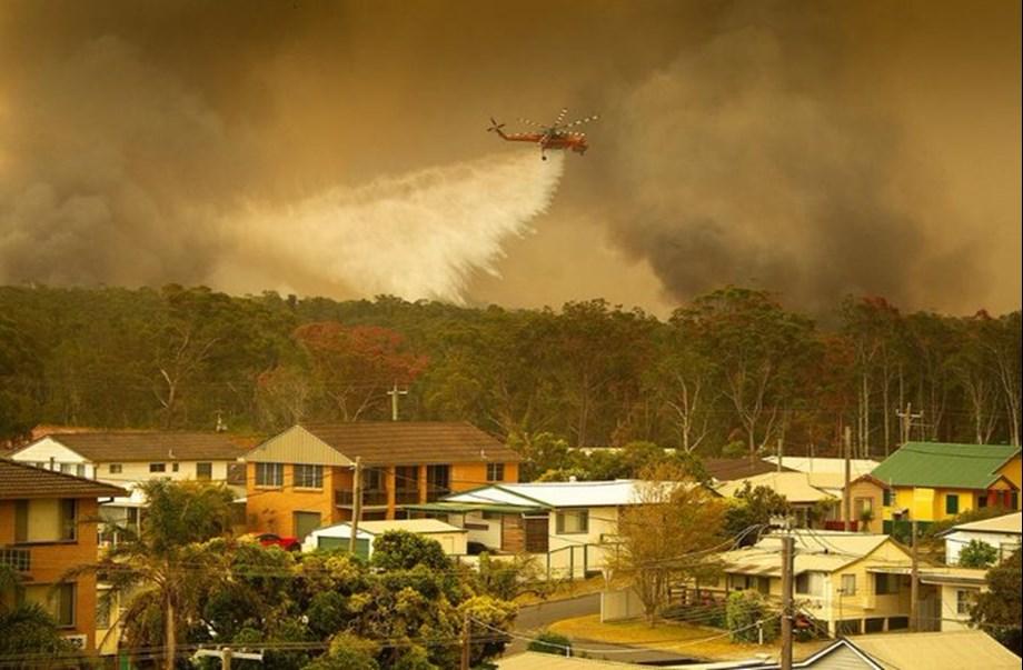Australia readies for more bushfires with temperatures set to soar