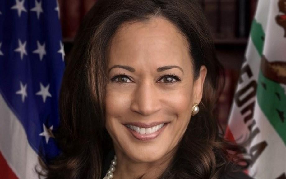 Harris campaign cuts headquarters staff, moves some to Iowa