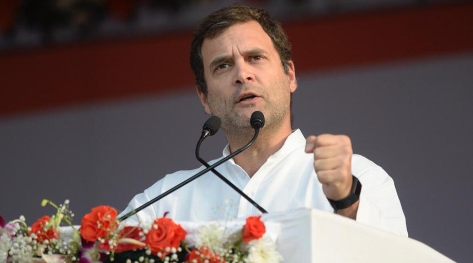 Rahul Gandhi meets Goa CM Parrikar in state Assembly complex in Panaji