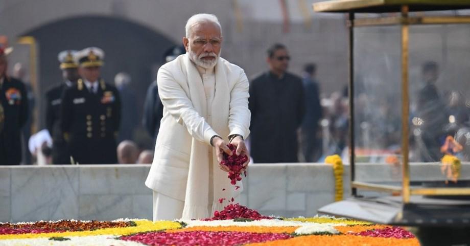 Mulayam bats for PM Modi in rare move that shocked Lok Sabha