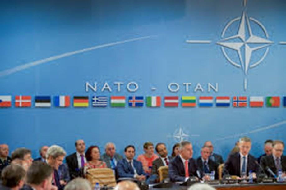 Norway worried by Russian sea, air manoeuvres