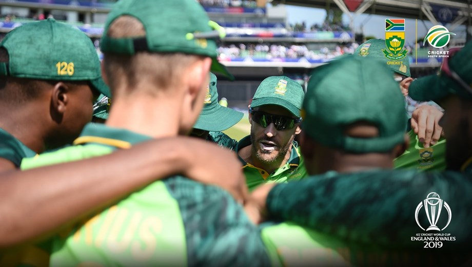 If we look back, it would be tough to get out of hole: du Plessis