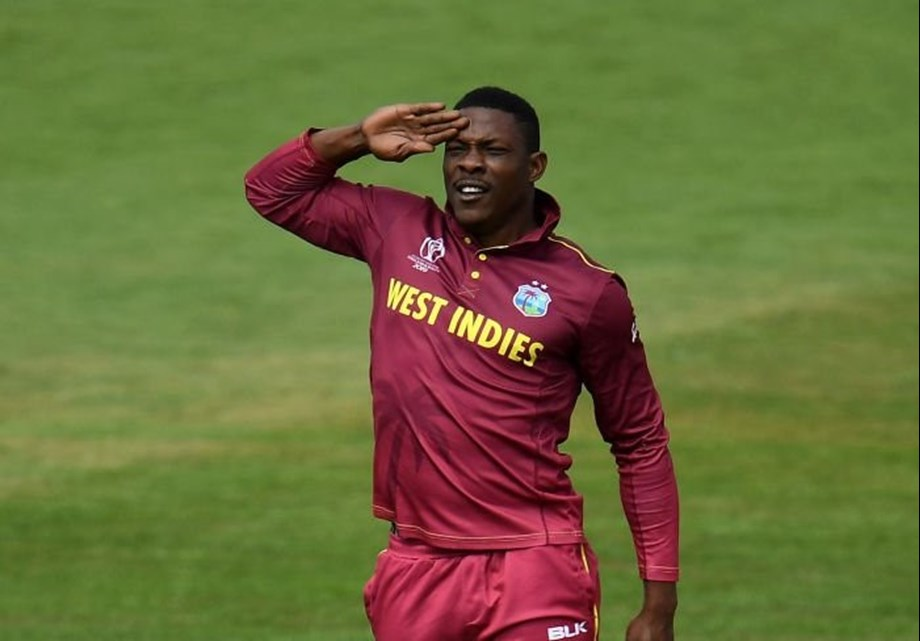 Bayliss will have to live with the 'Sheldon Salute', says Holder